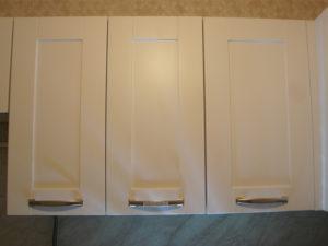 кухня кальвадос белого цвета